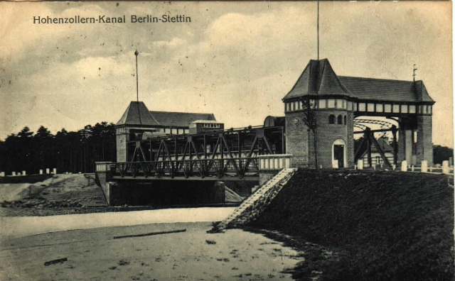 Dieses Bild hat ein leeres alt-Attribut; sein Dateiname ist eberswalde-hohenzollern-kanal-1924-bruecke.jpg.